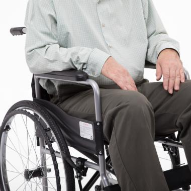 Кресло-коляска для инвалидов Армед H 007. Мягкое сиденье