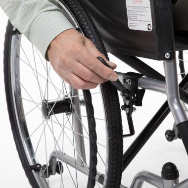 Кресло-коляска для инвалидов Армед H 007. Безопасность
